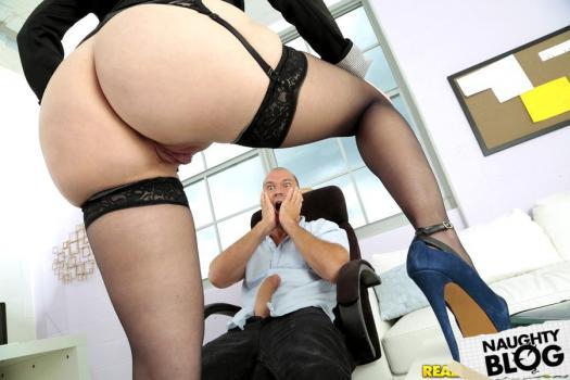 Big Tits Boss – Sunny: Slide It In Sunny