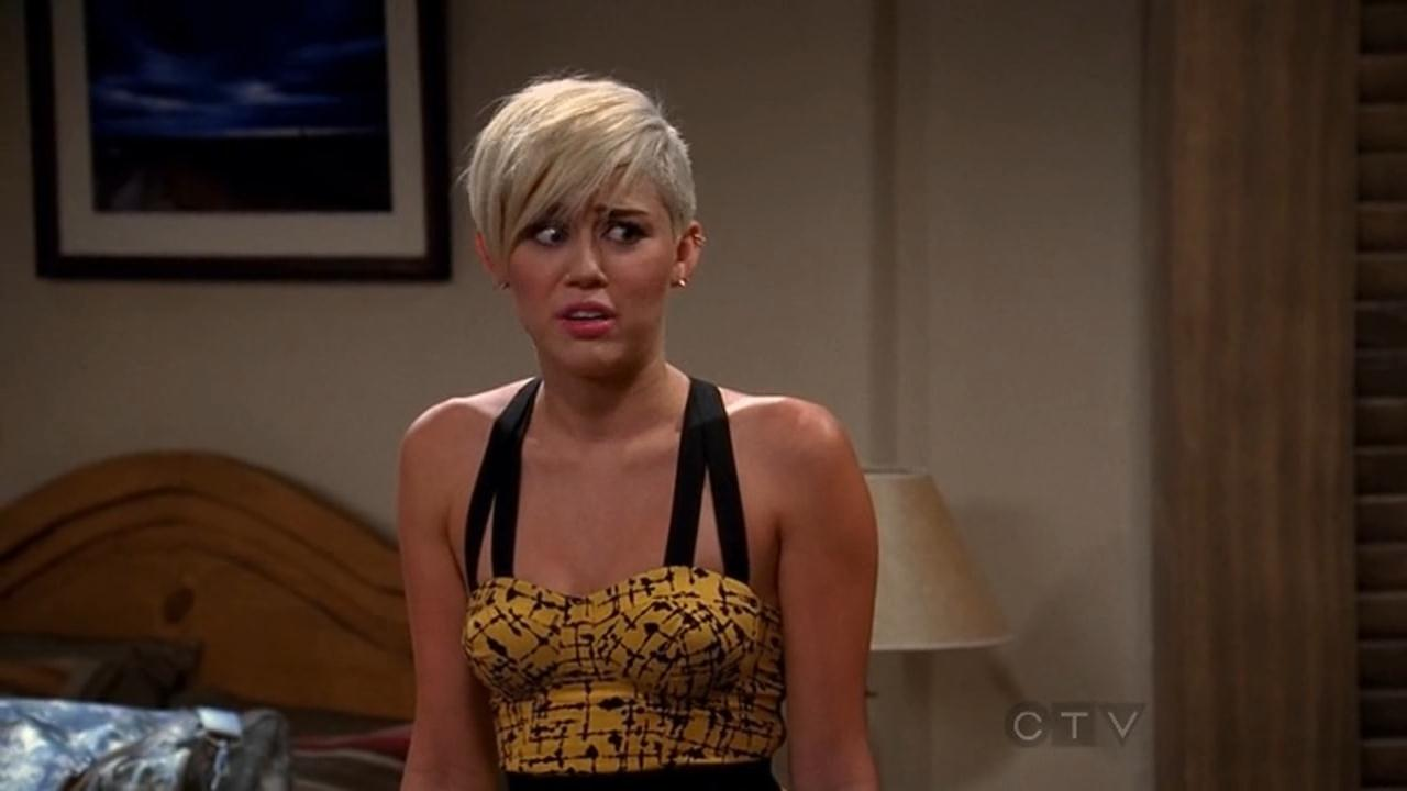 Miley Cyrus Two And Half Men-6152