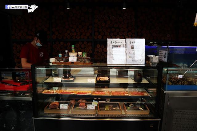 IMG 8628 - 【熱血採訪】肉多多 - 超市燒肉,三五好友一起來採購,想吃甚麼自己拿,現拿現烤真歡樂! 產地直送活體海鮮現撈現烤、日本宮崎5A和牛現點現切!
