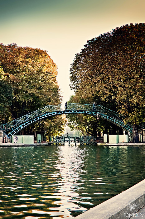1000 images about le canal saint martin a paris on pinterest. Black Bedroom Furniture Sets. Home Design Ideas