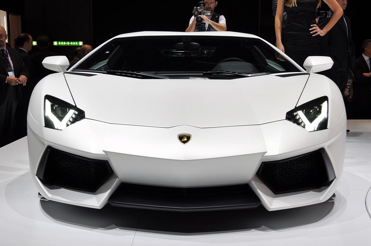 It All About Lamborghini Aventador Worldwide Photo S Collector