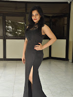 Revathi chowdary new sizzling photos-cover-photo