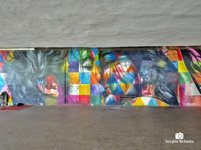 Close-up do Mural Beijo - Ibirapuera - São Paulo