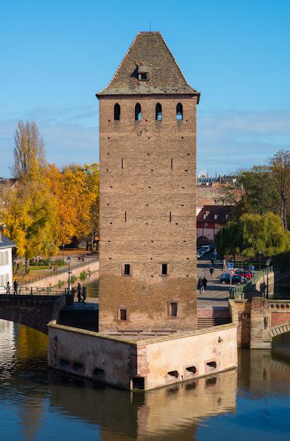Ponts couverts, Hans von Altheimturm - Strasbourg (cliché Balliet J.M.)