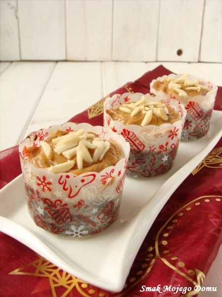 Makowe muffinki z serem