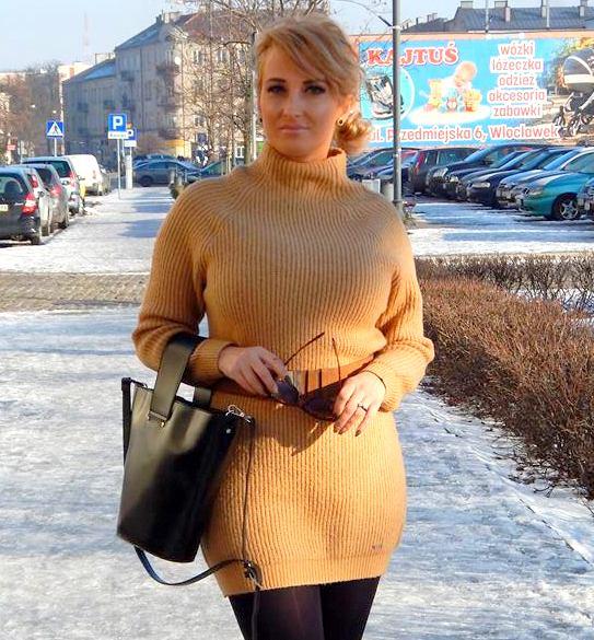 Sweterkowa mini