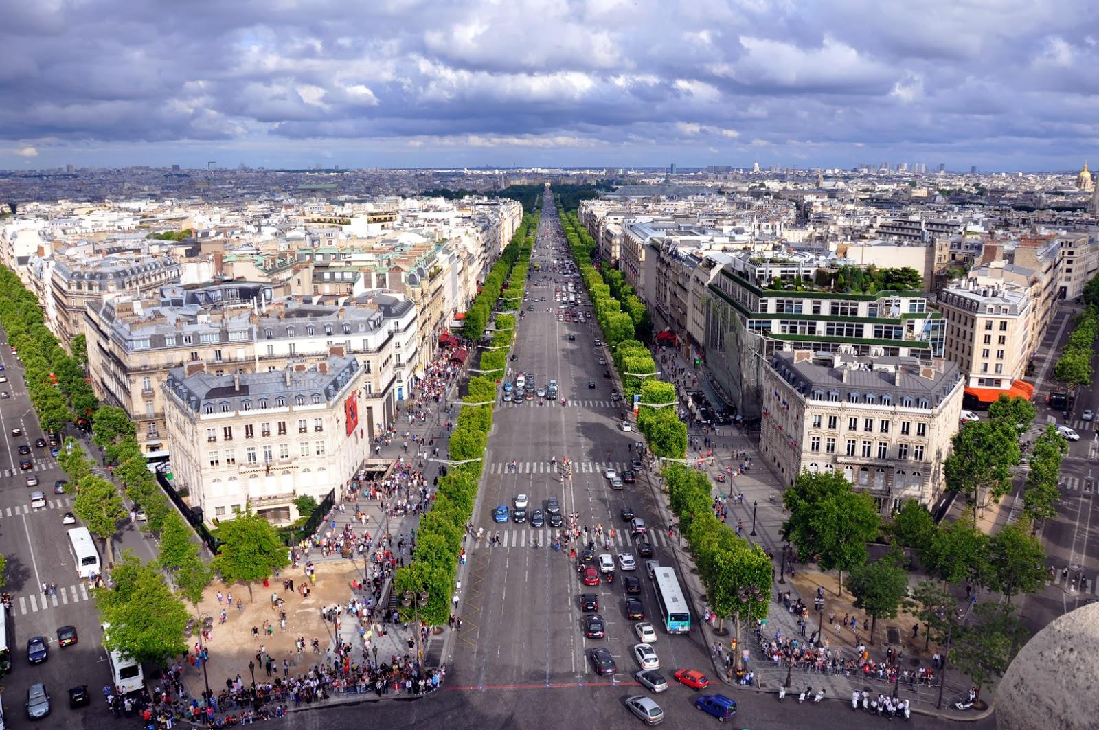 Champs-Elysées-Paris-França-Avenida
