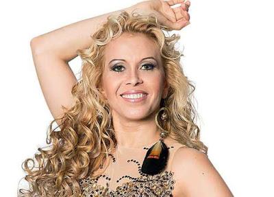 Cantora Joelma em novo CD e DVD
