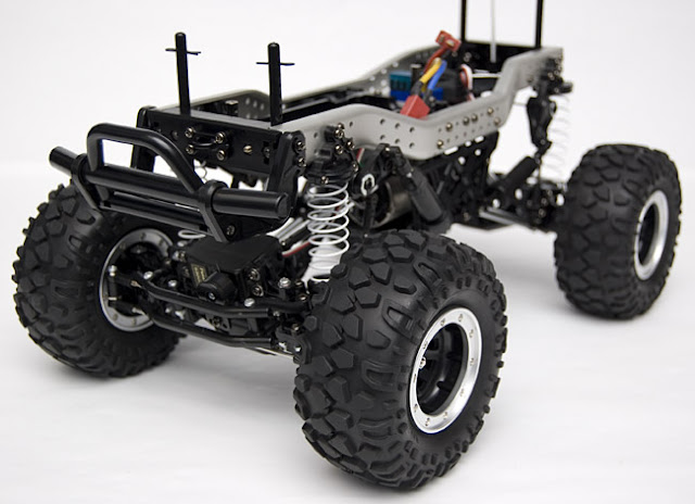 Tamiya CR-01 Toyota Land Cruiser roller for sale