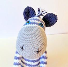 Free Crochet Zebra Pattern - Crochet Society | 260x263