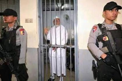 Pembebasan Abu Bakar Ba'asyir syarat Politik?
