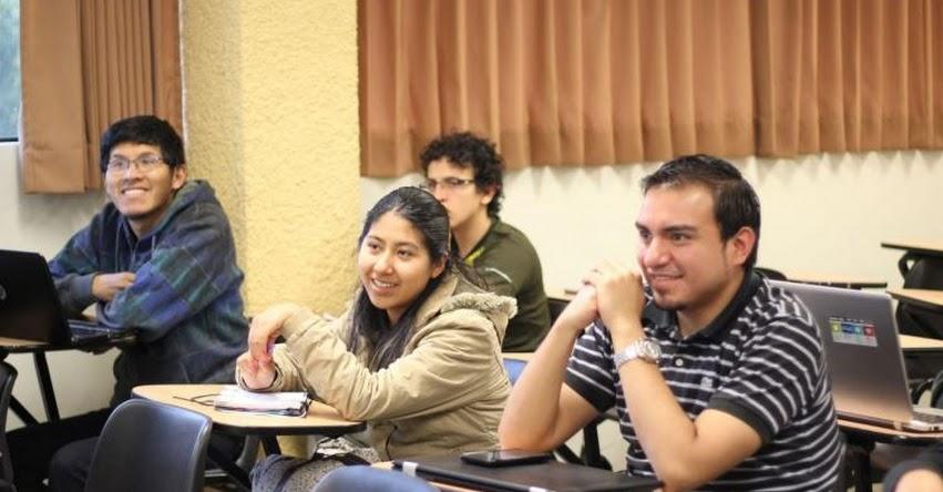 Profesionales con posgrados perciben 20% más de sueldo