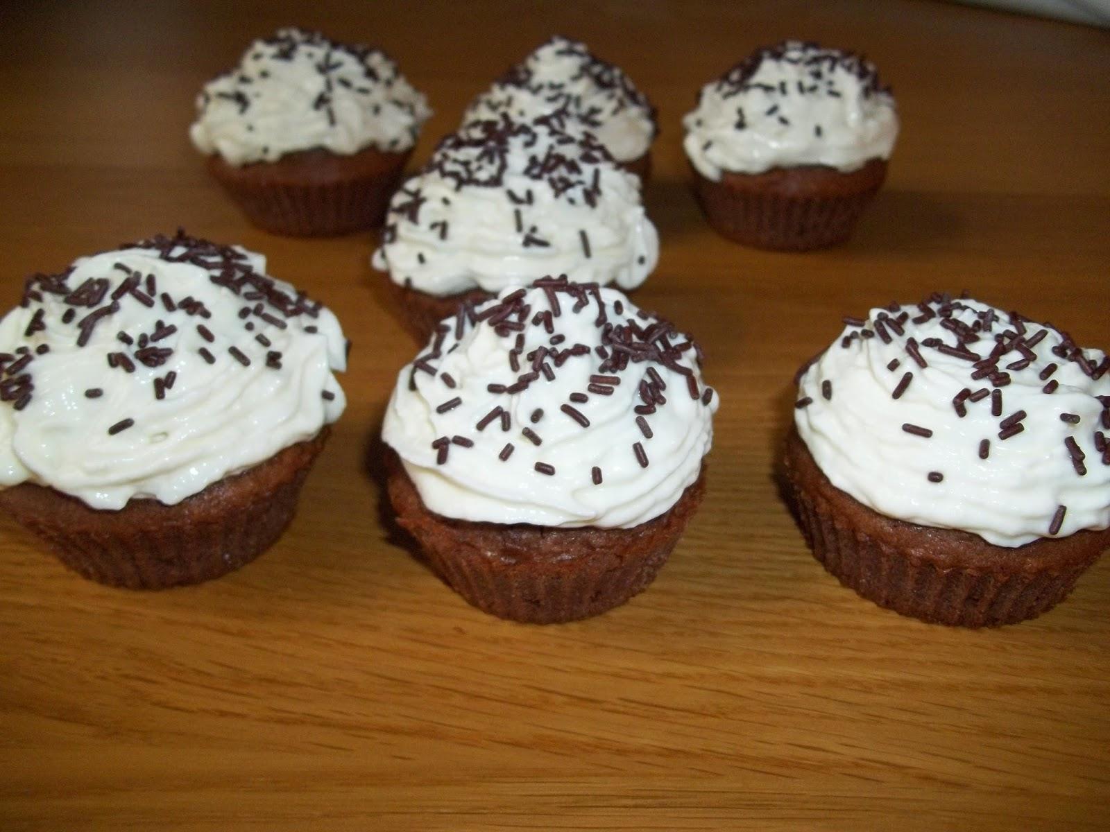 http://cuisinezcommeceline.blogspot.fr/2015/01/cupcakes-chocococo.html