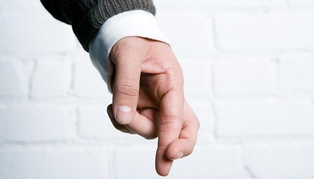 Enam Alasan Mendasar Kenapa Pria Berbohong Pada Pasangannya