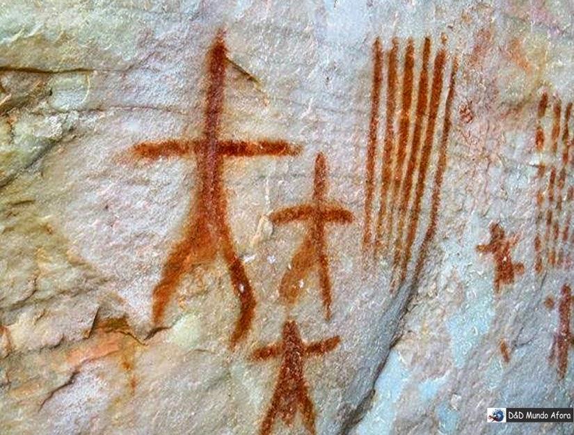 figuras rupestres Serra do Lenheiro - São João del Rei MG