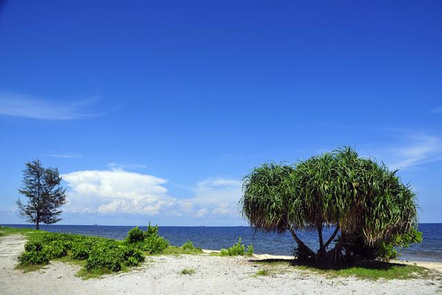 wisata kalimantan tengah pantai padaran