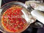 Saramura de peste preparare reteta - punem chefalul prajit peste legume