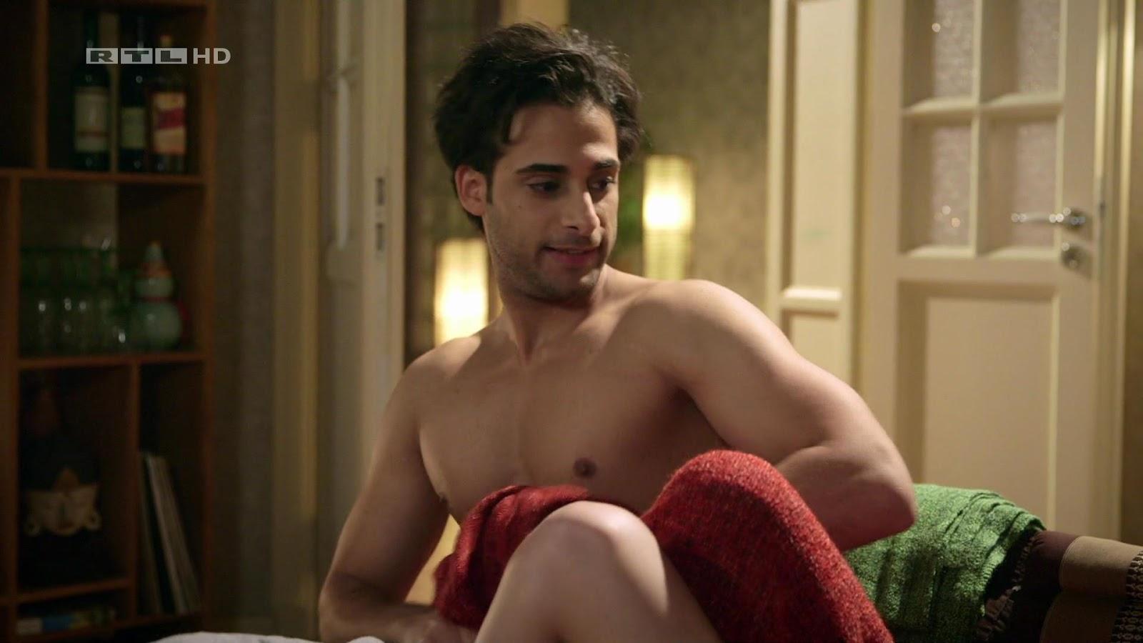 Karim Nude 43
