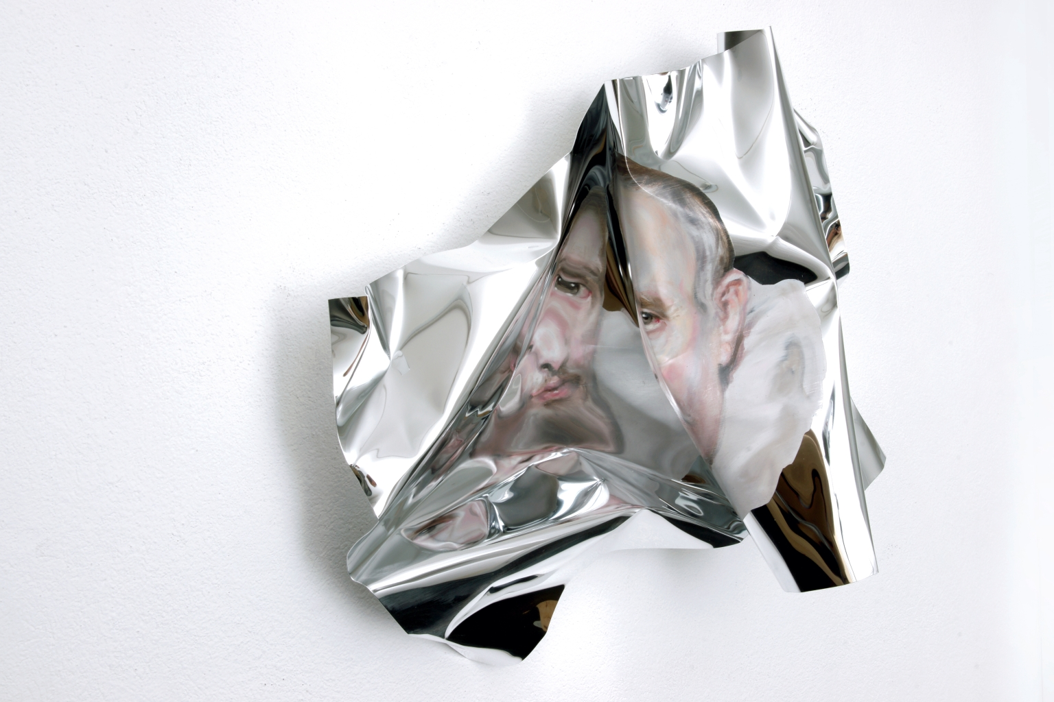 16-Martin-C-Herbst-Oil-Painting-on-Folded-Mirror-Polished-Aluminium-Foil-www-designstack-co