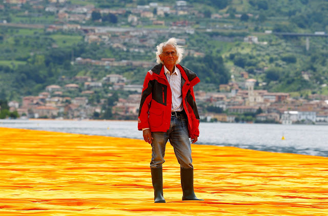 Christo-su-Floating-Piers