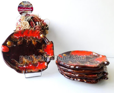 Unique Vintage French Drip Glaze Fish Shaped Plates Wall in Red Brown