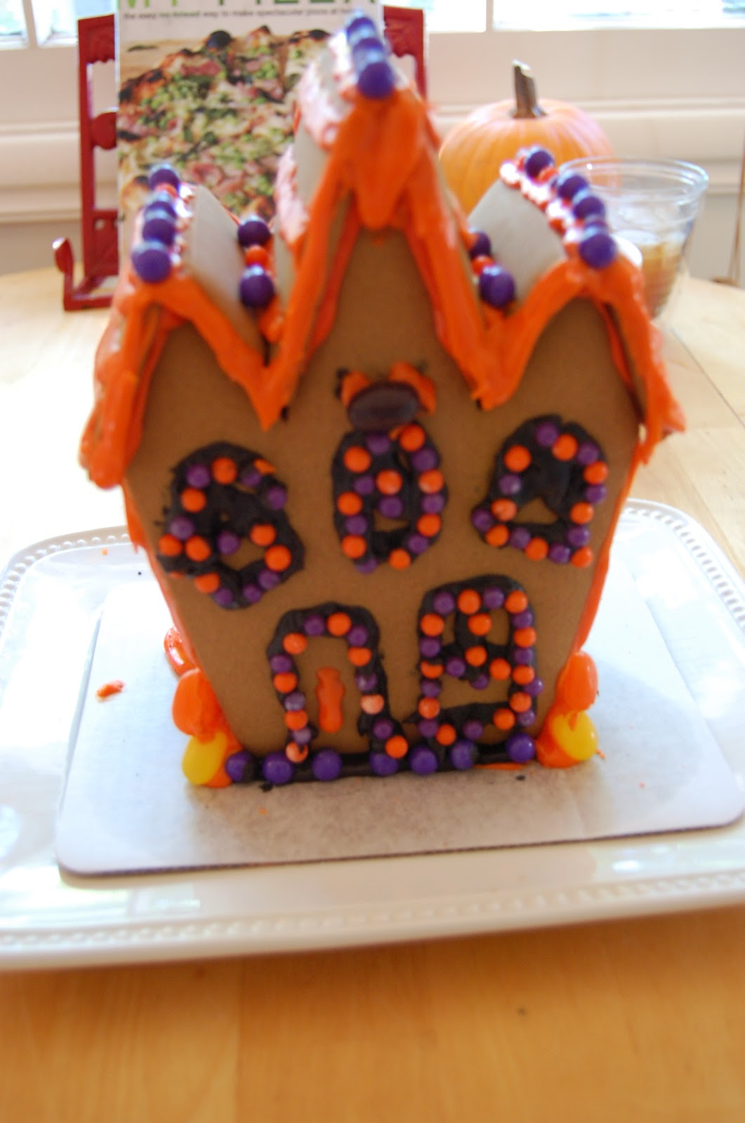 One Fabulous Mom Halloween Ginger Bread House