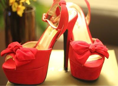 Zapatos juveniles rojos