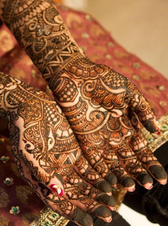 30 Bridal Mehndi Designs For Wedding