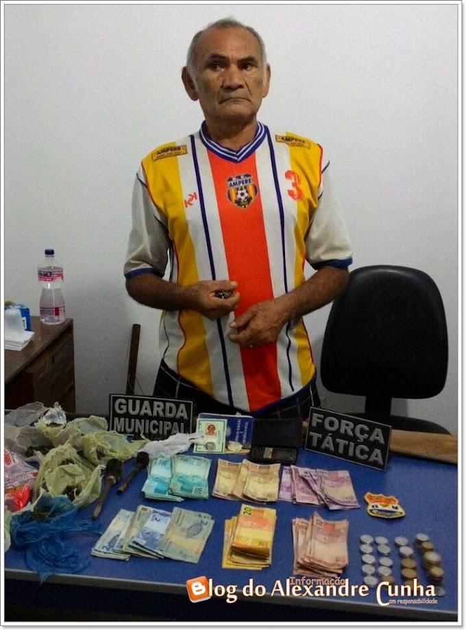 Idoso de 68 anos é preso suspeito de trafico de drogas em São Benedito do Rio Preto