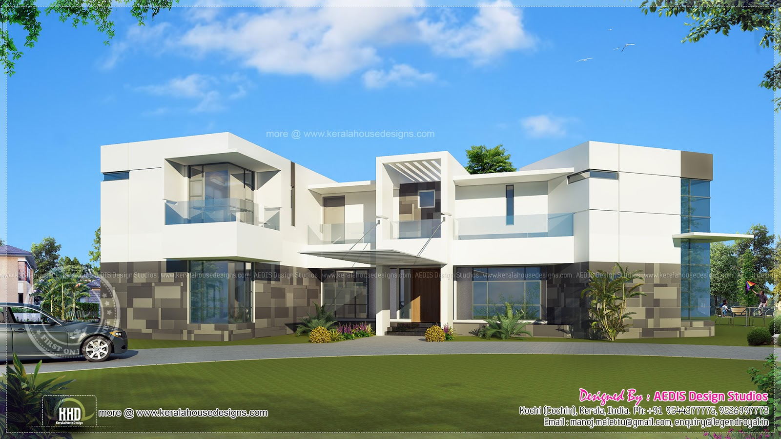 Luxury house exterior in 334 square meter home kerala plans for Good house photos