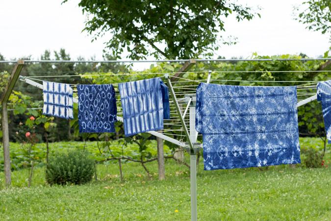 DIY Shibori Tie-Dye Batik | Tischdecke und Geschirrtücher | selber machen färben | Textilien färben