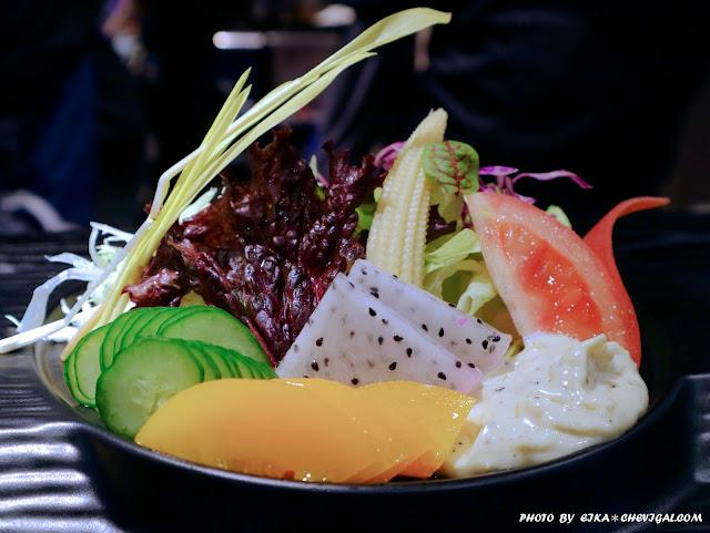 IMG 1455 - 熱血採訪│鯣口鮮板前料理/壽司/外帶,繽紛水果與日式料理結合的創意美食,帶給味蕾不同的驚喜!