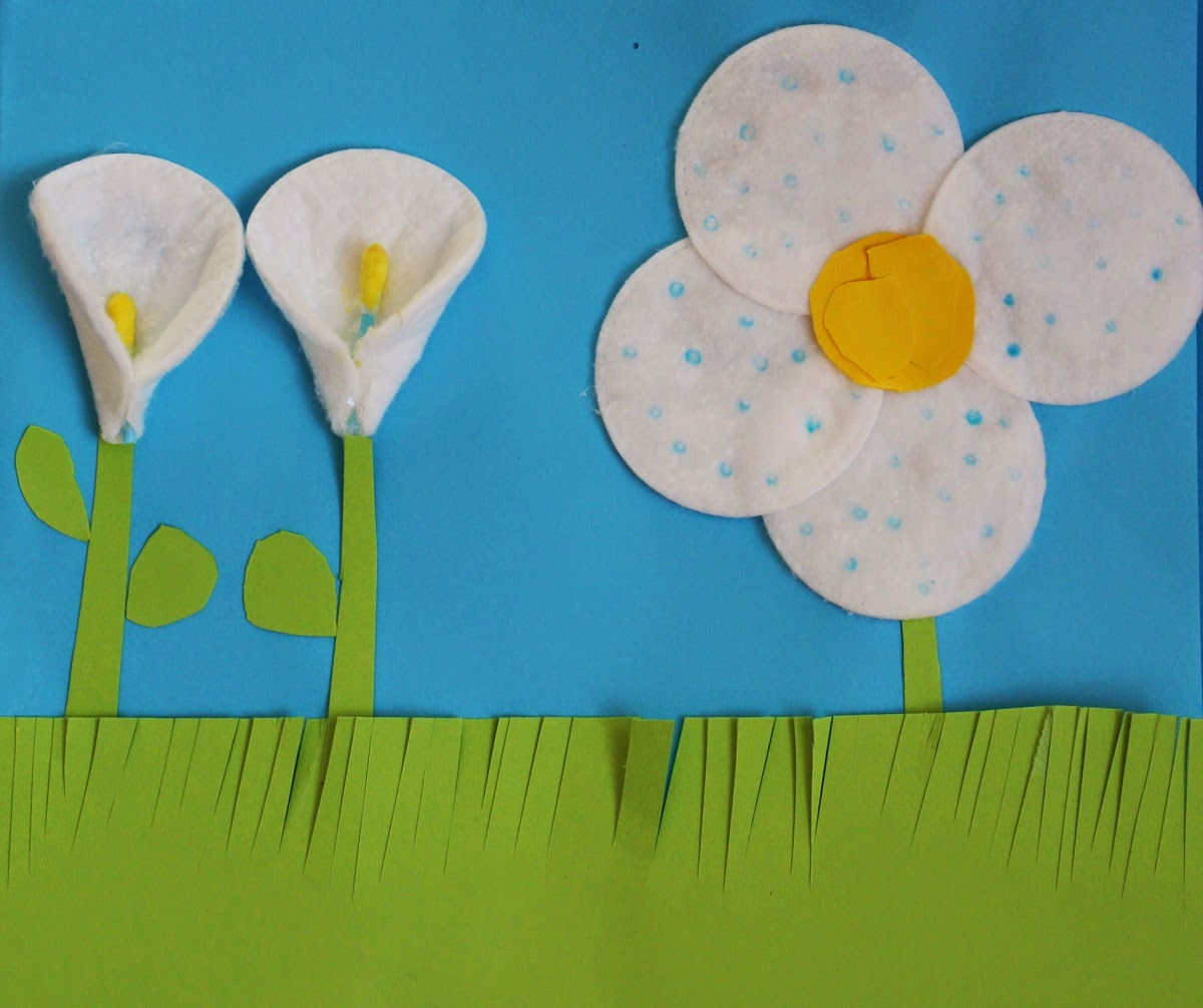 Mamma Gioca Il calendario di Tittoia prato fiorito con i dischetti di cotone