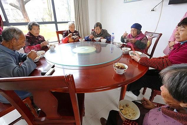 miliardario cinese costruisce città gratis