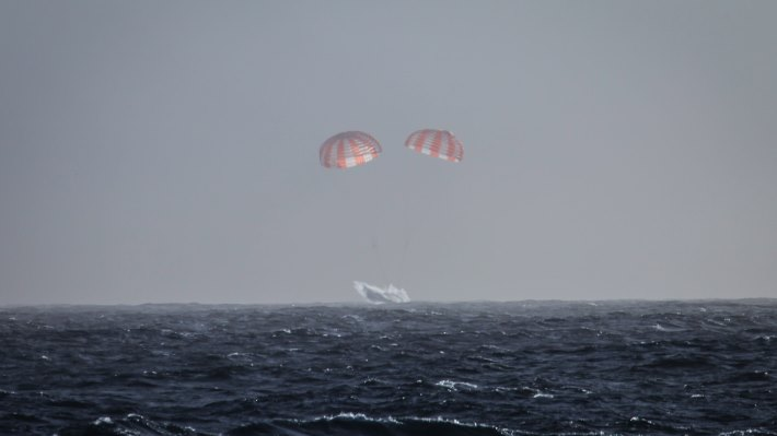 Wallpaper: Dragon returned to Earth four-and-a-half weeks later