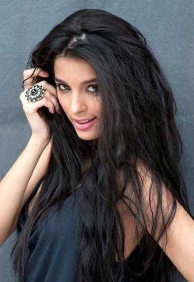 Bollywood Entertainment !!!: Giselli Monteiro Latest HOT