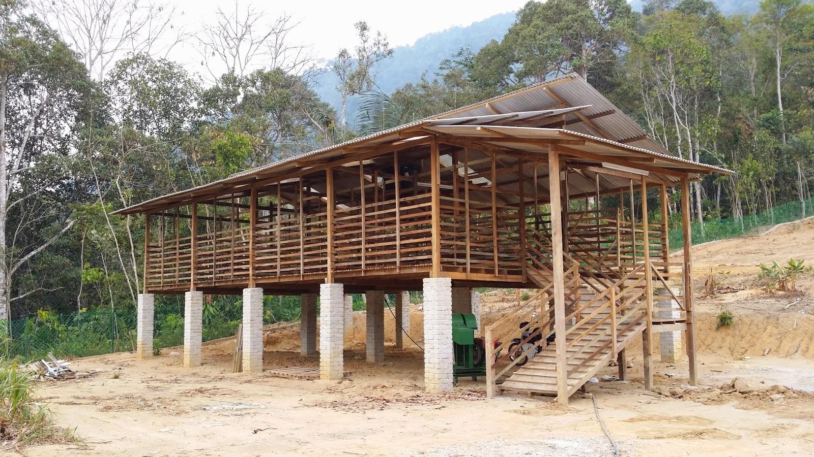 MJ FATONAH SDN BHD: Pembinaan Kandang Kambing Ideal