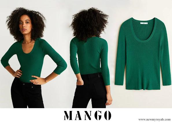 Kate Middleton wore Mango Ribbed knit sweater