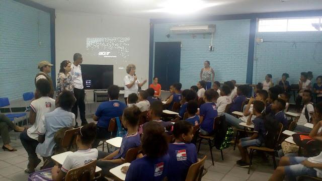 """Lançado no Rio Vermelho o Projeto """"Prazer em Aprender: Alunos Satisfeitos, Escola Nota 10"""""""