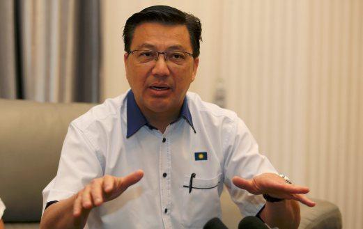 Sistem #AWAS Bakal Mendidik Pemandu Malaysia #MCA