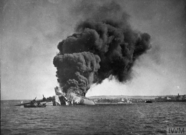 7 March 1941 worldwartwo.filminspector.com British Sunderland flying boat