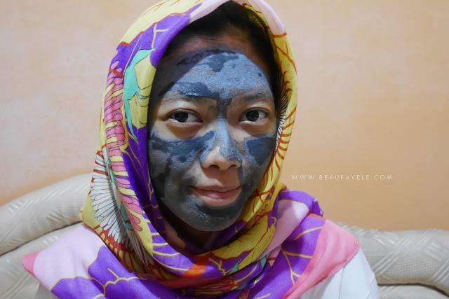 Pemakaian acne clarifying charcoal mask