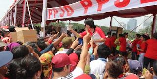 Terkini Ketua Panitia Fui Tepis Korban Bagi-Bagi Sembako Tewas Di Monas