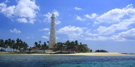 pulau lengkuas visit belitung hotel di pulau lengkuas belitung pulau lengkuas belitung timur