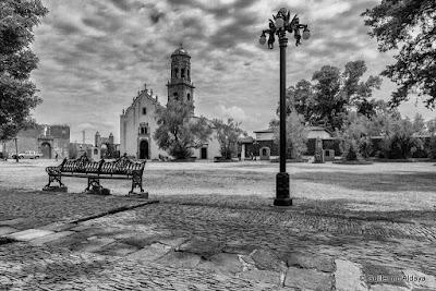 In Tzintzuntzan (Michoacán, México), by Guillermo Aldaya /AldayaPhoto