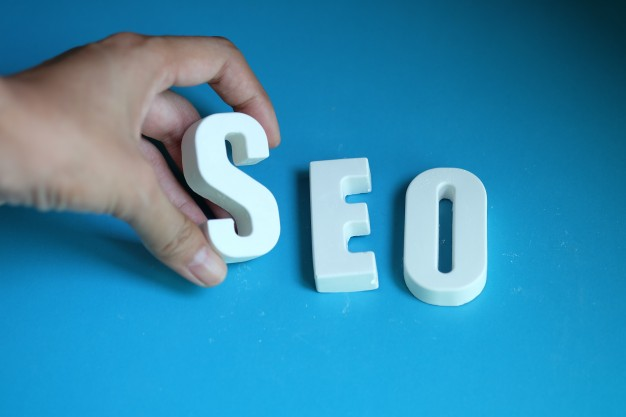 هذا ما تشدد عليه جوجل من أجل إظهار موقعك في الصفحة الأولى CEO