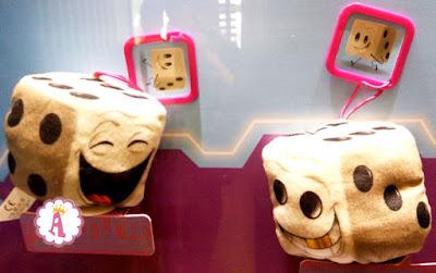 Мягкие игрушки в Happy Meal в МакДональдсе из Emoji мультика