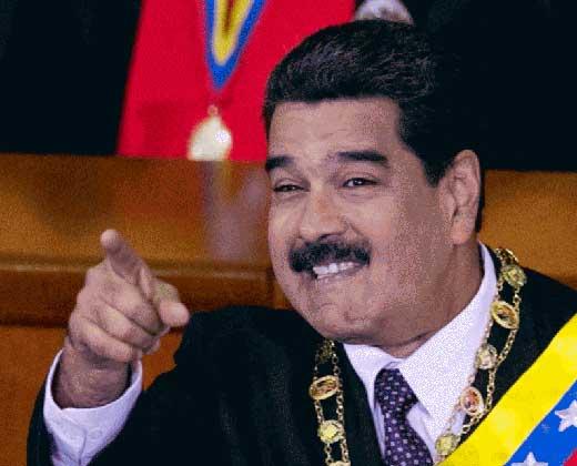 """¿Amor, odio o emboscada? Las teorías sobre los """"huevazos"""" a Maduro"""
