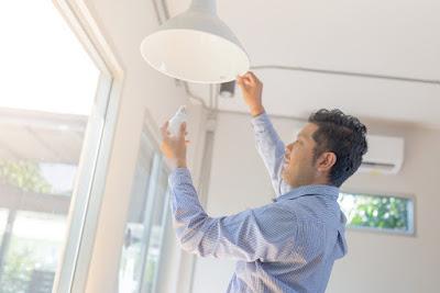 Abilumi lança campanha de orientação sobre os riscos de usar lâmpada LED irregular