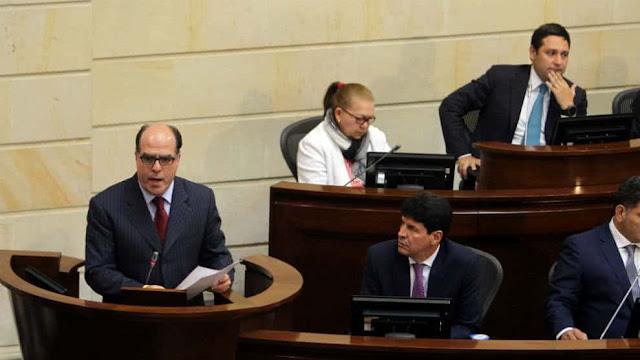 Borges ataca decisión presidencial de ataque a mafias de mercados municipales